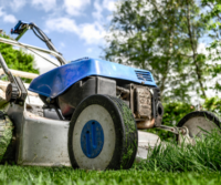 5 Questions to Ask When Choosing a Lawn Care Service